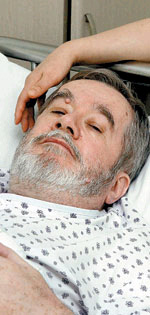 David Kilburn, a British journalist, recovering at Kangbuk Samsung Medical Center in Seoul on Thursday. By Shin In-seop